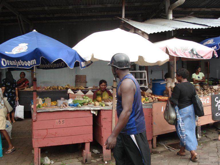Centrale markt Suriname